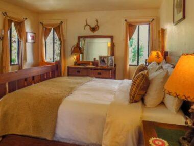 Rooms, Topanga Canyon Inn